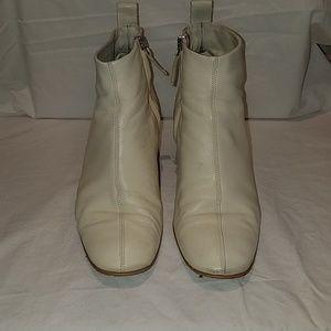Everlane Leather Day-Boot - Bone